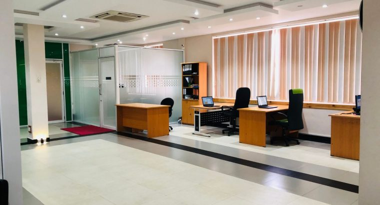 Super Luxury Commercial Property For Sale In Seeduwa