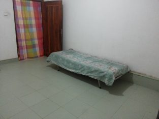 Room for Rent – Polgolla for girls