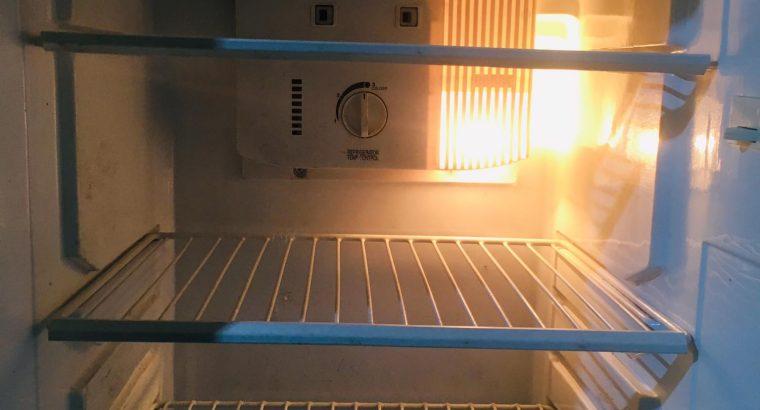 LG – Goldstar fridge For Sale