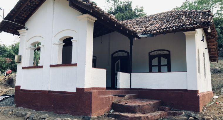 Walawwa type house with beautiful view for rental