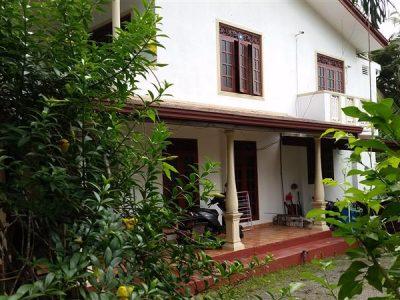 Kadawatha HOUSE for SALE 5 Bed at Kadawatha Urgent